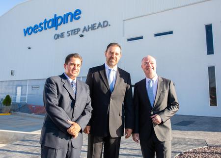 Tomas Esguerra (voestalpine Rotec), Alejandro Tello (Governor Zacatecas), Peter Schwab (Management Board voestalpine)