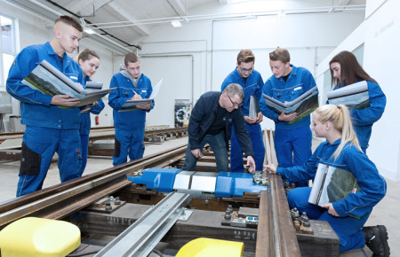 Trainings bei voestalpine Railway Systems