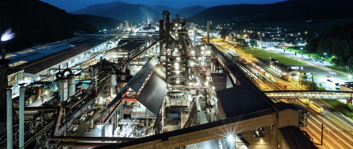 voestalpine Stahl Donawitz Unternehmen bei Nacht